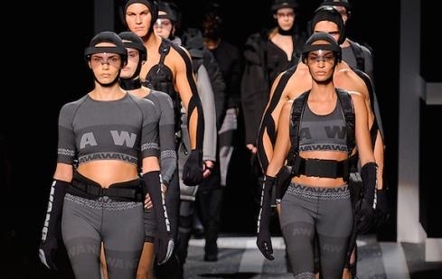 Alexander Wang X HM fashionshow New York - Charonbelli's blog mode